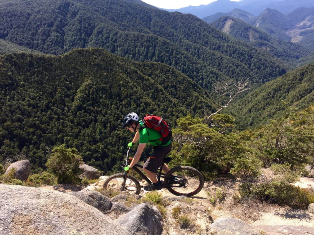 new zealand mountain biking tours